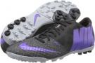 Nike Bomba Finale II Size 6