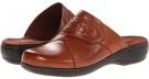 Tan Leather Clarks England Leisa Sahara for Women (Size 5.5)