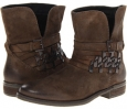 Olive Distressed Steven Traker for Women (Size 7)