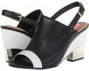 Black/White Leather Isaac Mizrahi New York Bolt for Women (Size 7)