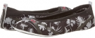 White/Black/Beetroot Purple PUMA Axel Ballet Tropicalia for Women (Size 7)