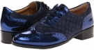 Navy Isaac Mizrahi New York Sylvia for Women (Size 7)