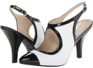 Adrienne Vittadini Caleigh Size 7