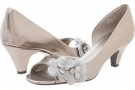 Pewter/Pewter Synthetic Bandolino Pemberly for Women (Size 5)