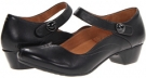 taos Footwear Samba Size 6.5
