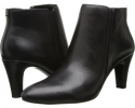 Black Multi Leather Bandolino Wincer for Women (Size 5.5)