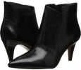 Black Leather Nine West JetLag for Women (Size 7)